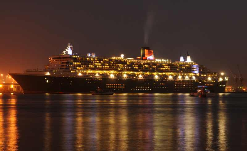 The Queen Mary II in Durban harbour