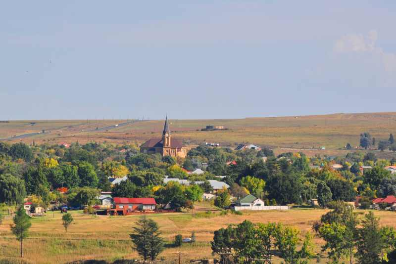 The town of Warden as seen while travelling south on the N3