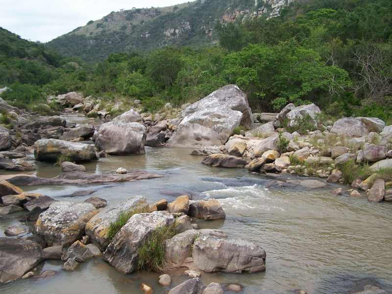 Mzimkulwana River flowing through Oribi Gorge